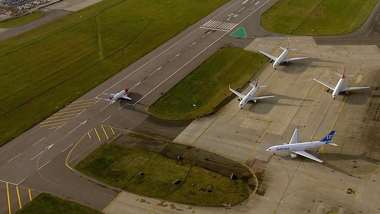 Planes queue to take off at Gatwick after closures due to drone sightings