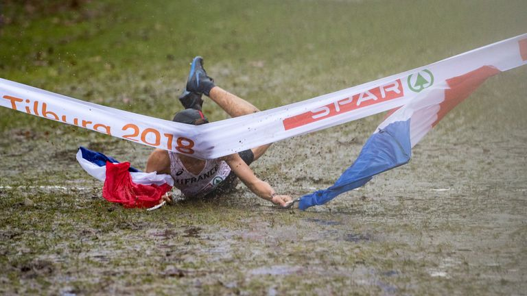 Jimmy Gressier face plants the finishing line