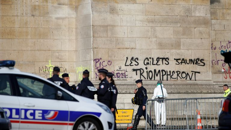 French president Emmanuel Macron to address nation on 'yellow vest