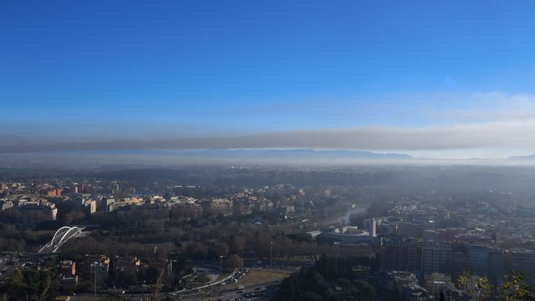 Smokes covered the northern part of the city and the River Tiber