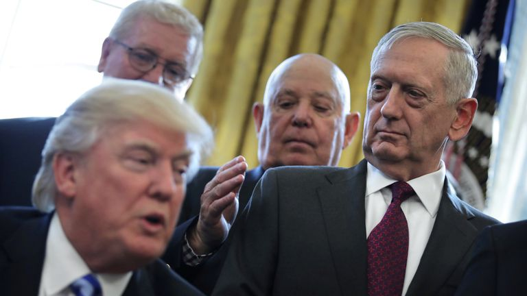 president Trump with General Mattis