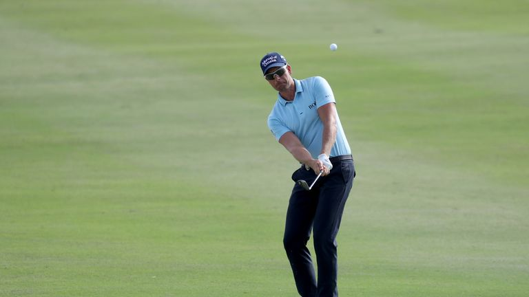 Rahm breezes to Hero World Challenge title