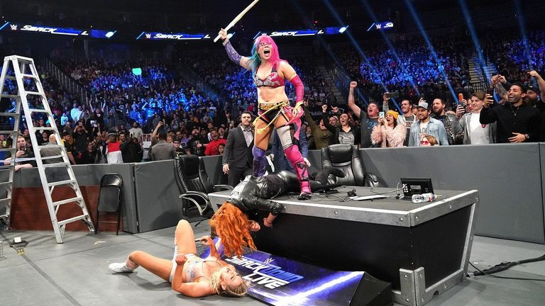 WATCH: Asuka's kendo stick attack