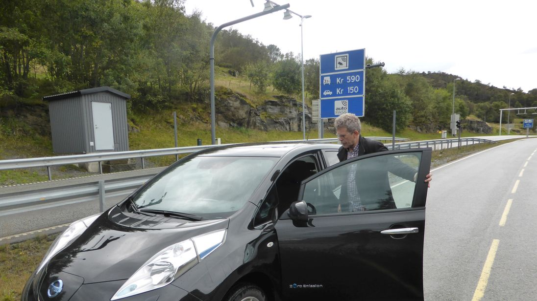 Norway's electric cars make up a third of all sales