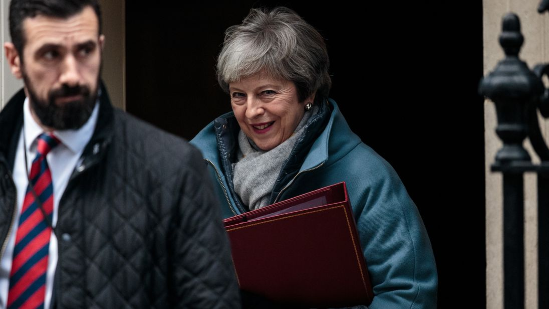 'Dozens of ministers could resign' as PM pressured to rule out 'no deal'