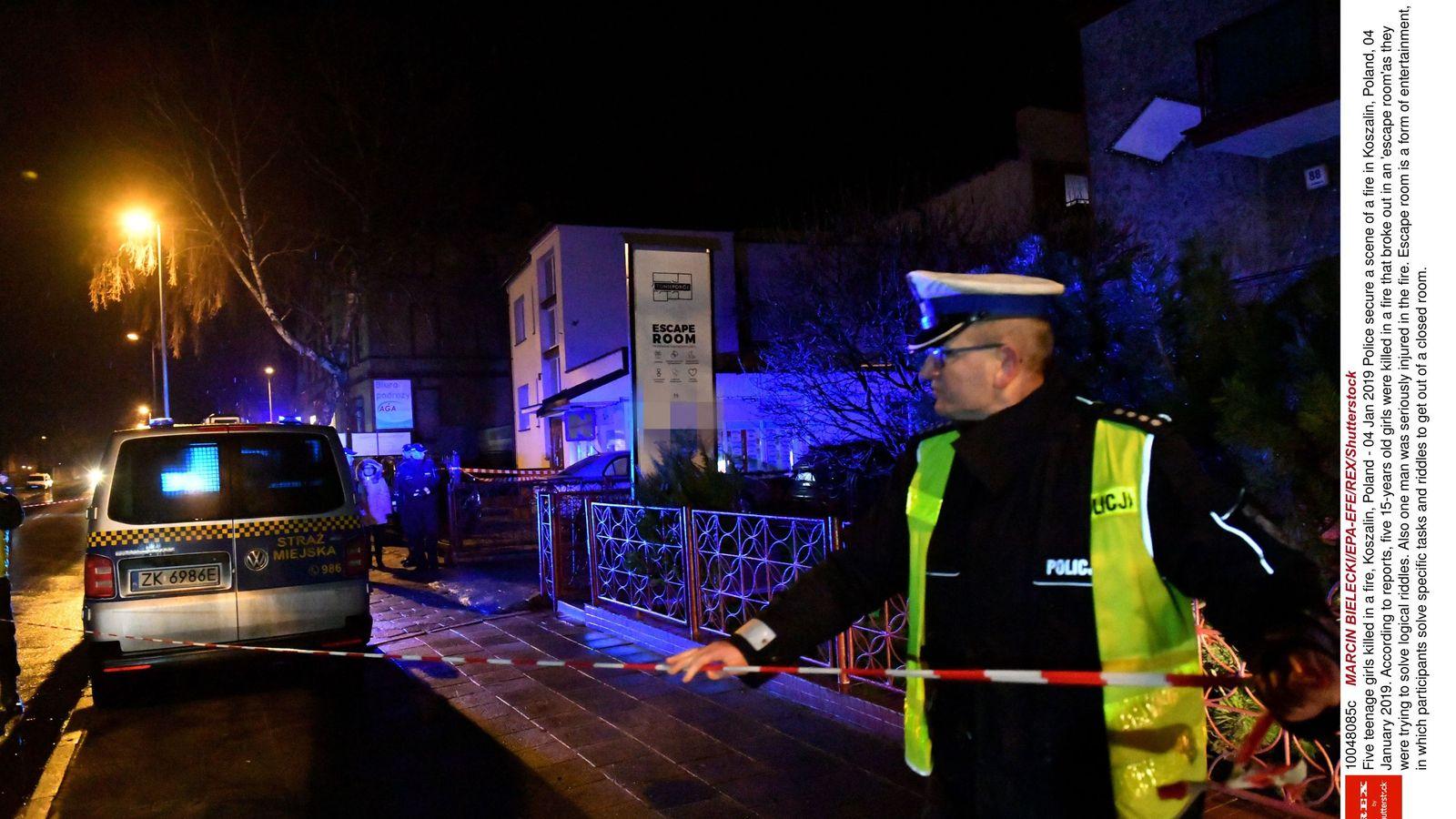 Five teenage girls 'celebrating birthday' die in escape room fire
