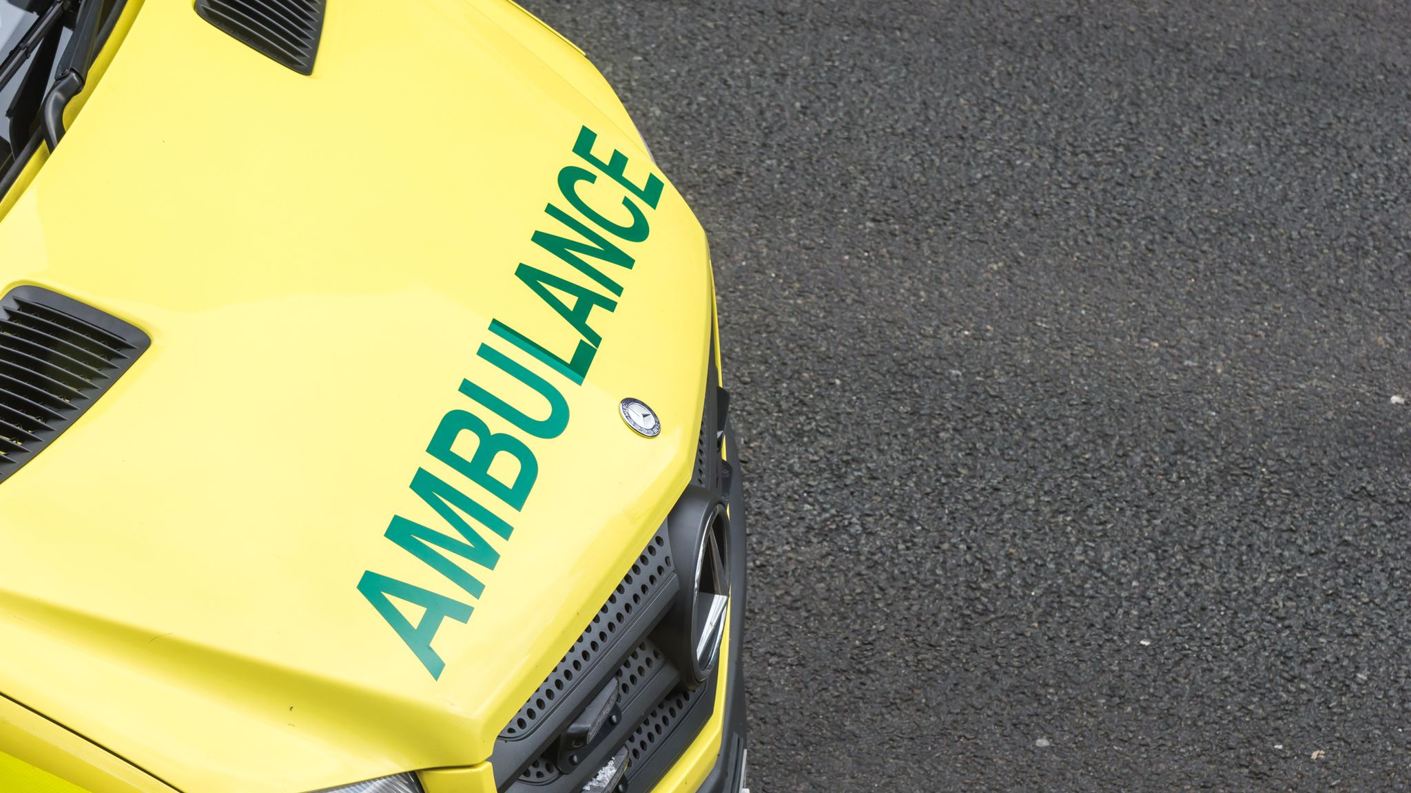 Tree falling on car kills two people in Cotswolds