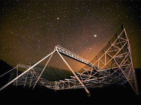 The Chime telescope looking up at the stars. Photo: Chime Collaboration
