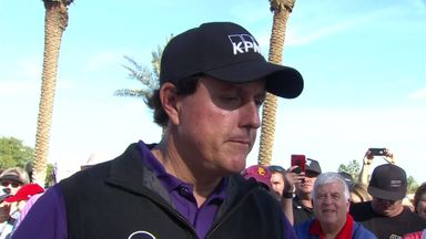 Mickelson lifted by big finish