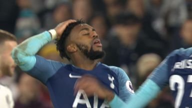 Rose hits crossbar (60) Fulham 1-1 Tottenham