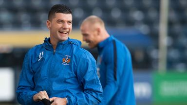 Jones 'fit and ready' to face Rangers