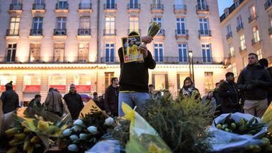 Nantes fans in Sala vigil