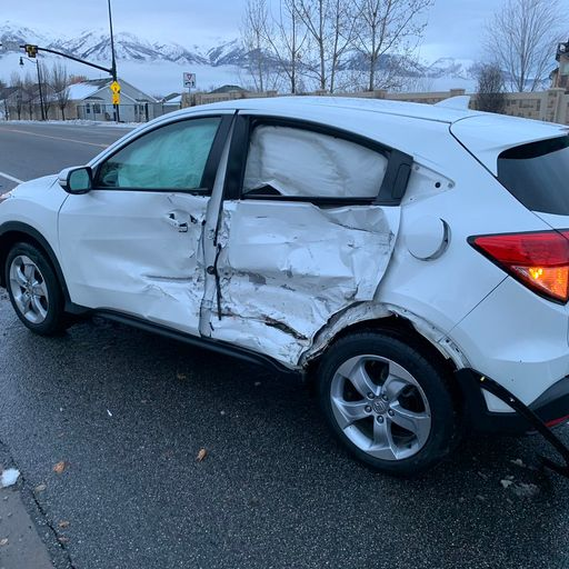 'Bird Box Challenge': Teen crashes after driving car blindfolded