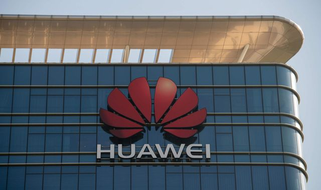 Huawei building UK 5G 'like letting a kleptomaniac into your house', US ambassador says