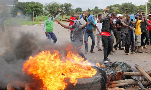 Crackdown on Zimbabwe protesters 'a taste of things to come' as president cuts short trip abroad