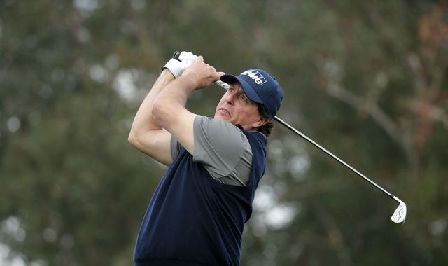 Phil Mickelson fires career-best 60 in first round of Desert Classic