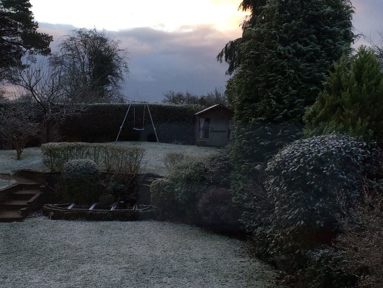 Rain soon turned to snow in Amersham, Buckinghamshire. Pic: Dr Timothy Cross