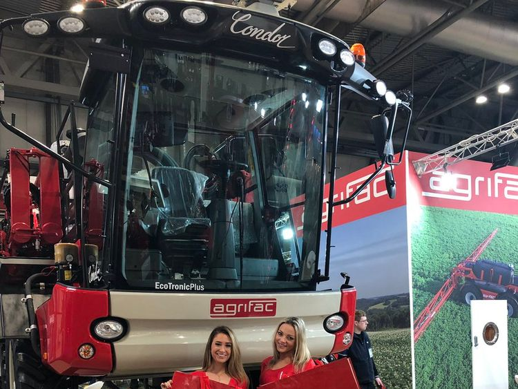 Cheerleaders at the LAMMA show. Pic courtesy of Agrifac