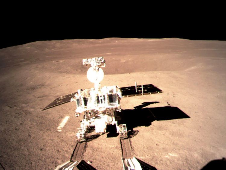 This picture taken on January 3, 2019 and received on January 4 from the China National Space Administration (CNSA) via CNS shows a robotic lunar rover on the 'dark side' of the moon. - A Chinese lunar rover landed on the far side of the moon on January 3, in a global first that boosts Beijing's ambitions to become a space superpower. (Photo by China National Space Administration (CNSA) via CNS / China National Space Administration (CNSA) via CNS / AFP) / China OUT (Photo credit should read CHIN