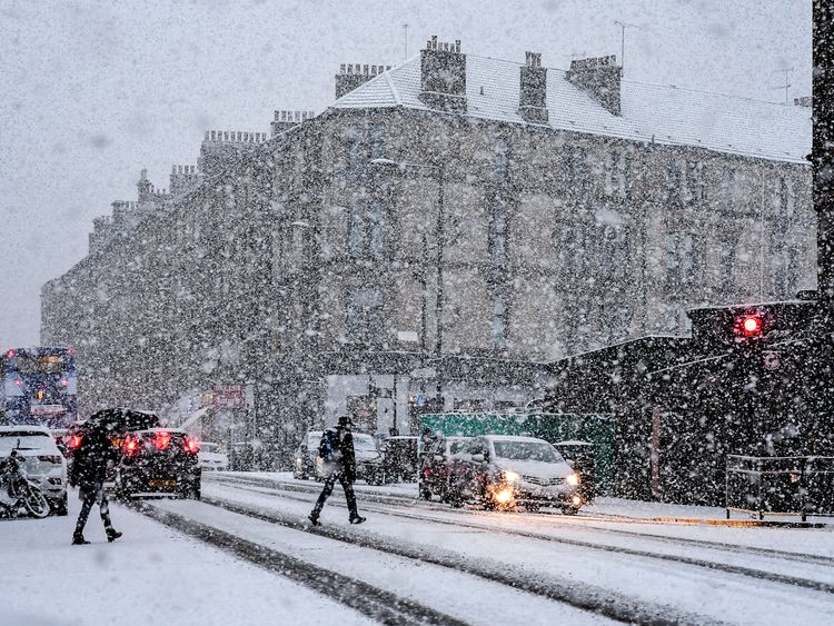 The first snow of the year in Glasgow