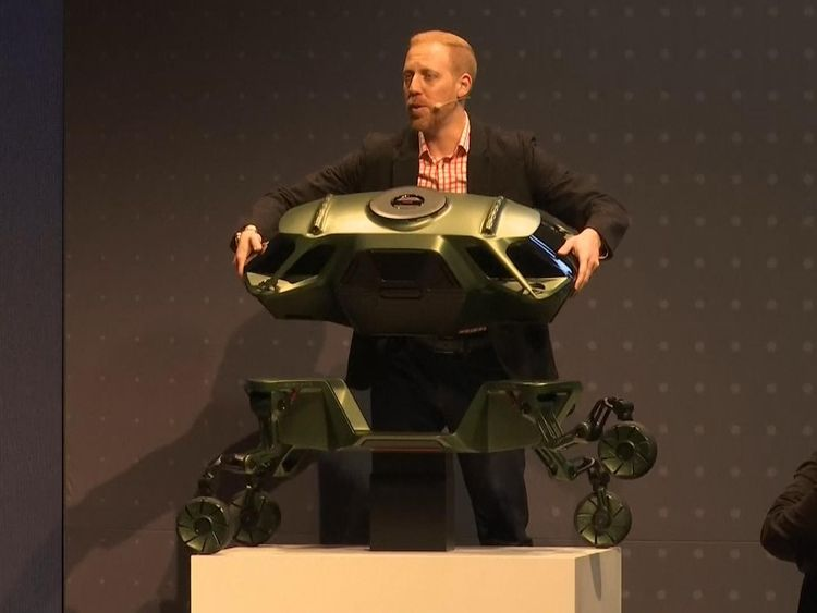 Hyundai shows off prototype rescue robot auto with legs at CES 2019