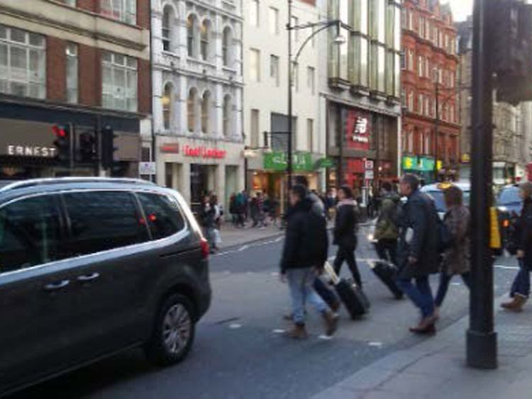 Another image of Oxford Street found on Ludlow's phone