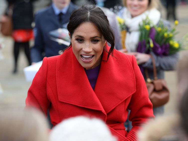 The Duchess of Sussex on a walkabout as she visits a new sculpture in Hamilton Square to mark the 100th anniversary of war poet Wilfred OwenÕs death, during a visit to Birkenhead. PRESS ASSOCIATION Photo. Picture date: Monday January 14, 2019. See PA story ROYAL Sussex. Photo credit should read: Aaron Chown/PA Wire