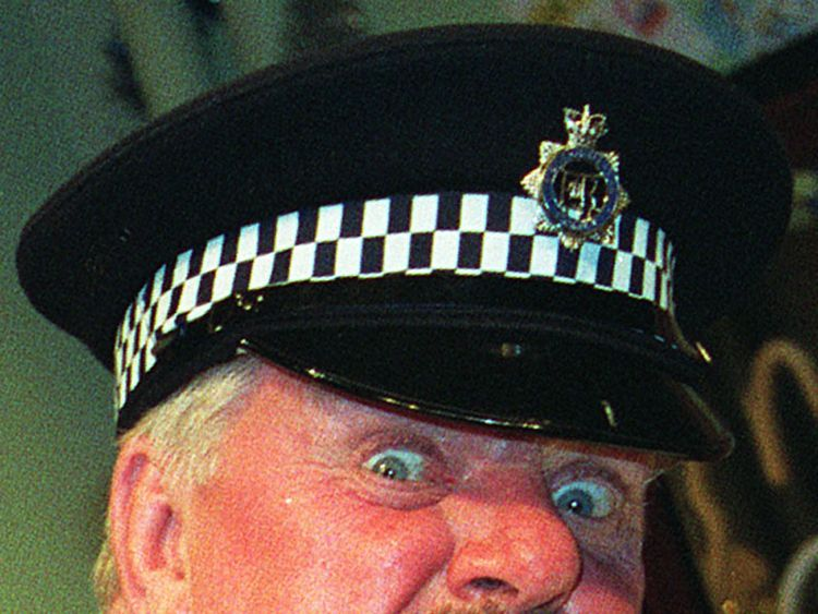 It Ain't Half Hot Mum actor Windsor Davies dies