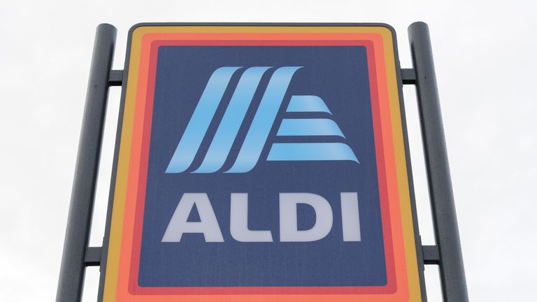 Aldi store sign Nuneaton