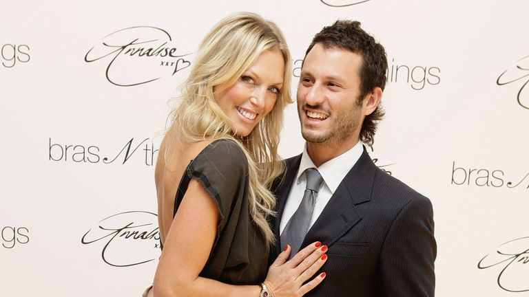 Annalise Braakensiek and husband Danny Goldberg seen in 2009