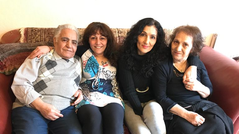 Manigeh Hoyland and Guiti Cumming in between their parents Mozaffar Saberi and Rezvan Habibimarand