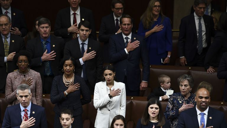 Members of Congress take the oath
