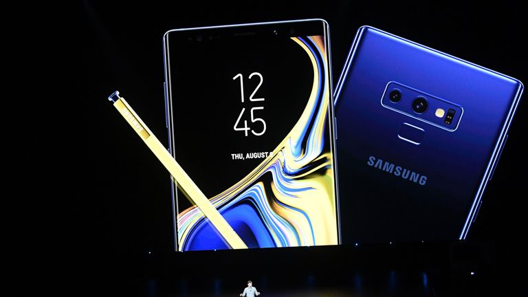 Samsung's profits are expected to fall 29%