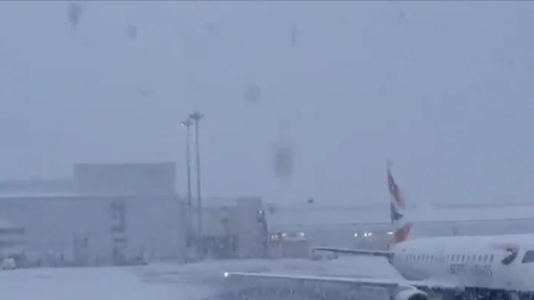 Flights were temporarily delayed as snow hit Glasgow