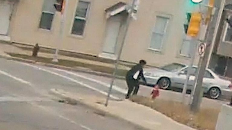 Bus driver finds toddler wandering the streets