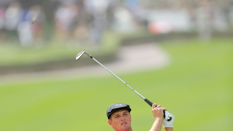 Fitzpatrick grabs early Dubai lead from Garcia, DeChambeau
