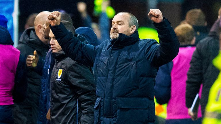Kilmarnock boss Clarke furious with Gerrard over Rangers gaffer's personal attack