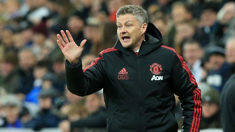 Ole Gunnar Solskjaer says Manchester United must not be 'naive' against Tottenham | Football News |
