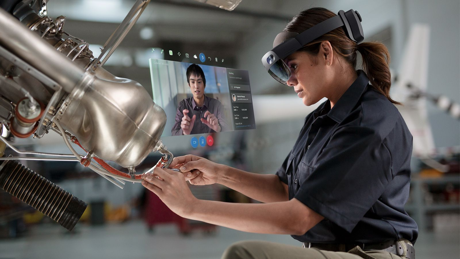 HoloLens 2: Microsoft unveils new augmented reality headset | Science & Tech News | Sky News