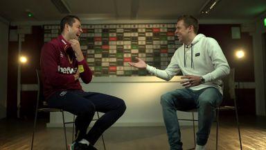 Fabianski's Bendtner banter!