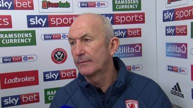 Pulis criticises referee
