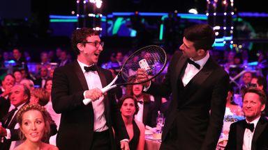 Magician stuns Djokovic!