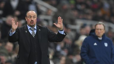 Benitez: We want consistent refereeing