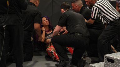 Banks picks up injury on Raw