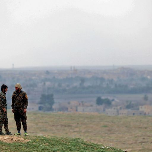 Human shields used to delay capture of Baghuz