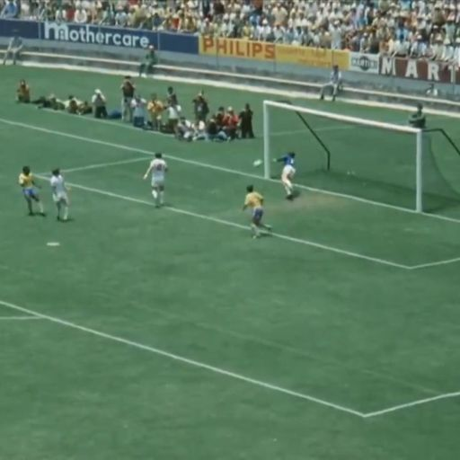 England's 1966 World Cup winning goalkeeper Gordon Banks dies aged 81