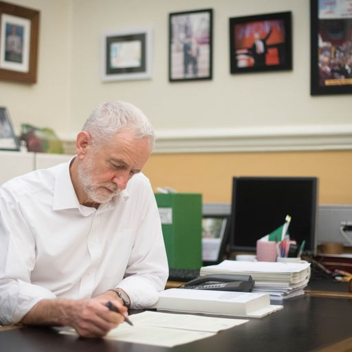 Jeremy Corbyn makes his biggest move yet in game of Brexit chess