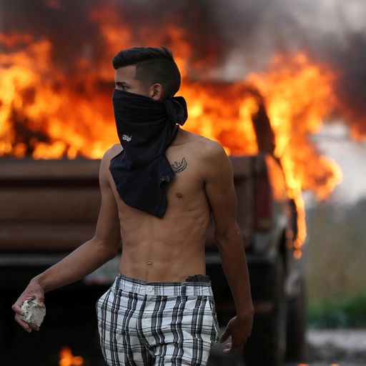 300 hurt in Venezuela as protesters battle for food