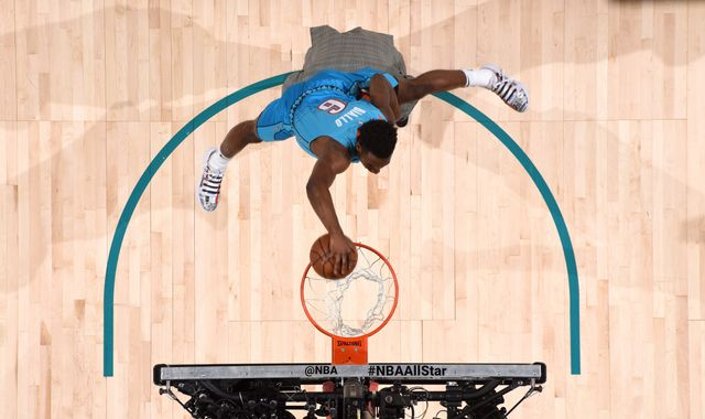 All-Star 2019: Hamidou Diallo vaults over Shaquille O'Neal en route to Dunk Contest win