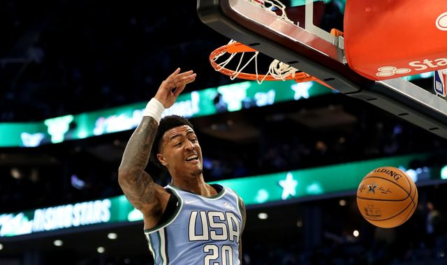 All-Star 2019: John Collins throws down huge off-the-backboard dunk in Rising Stars game